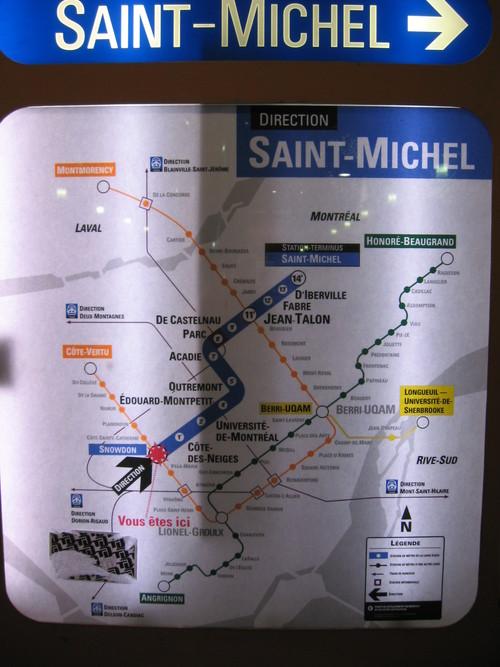 Direction et temps sur la ligne bleue du métro de Montréal