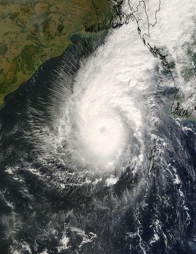 Photo satellite de la NASA du cyclone Sidr.